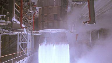 """""""Роскосмос"""" има двигател за новата си супертежка ракета"""