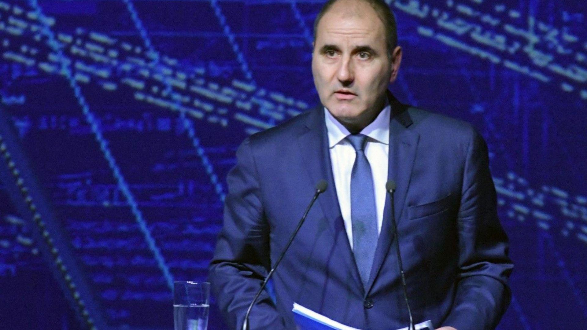 Цветан Цветанов: Зад призивите за оставка стоят БСП и президентът Румен Радев