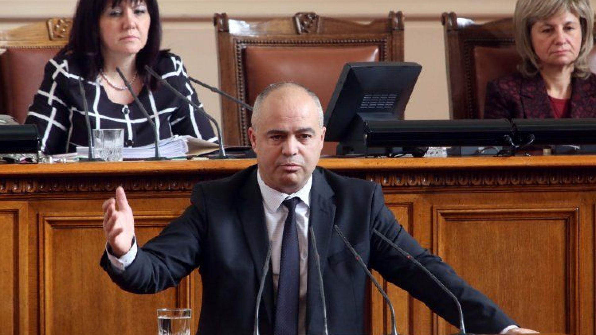 Георги Свиленски обвини в лъжа Цветан Цветанов