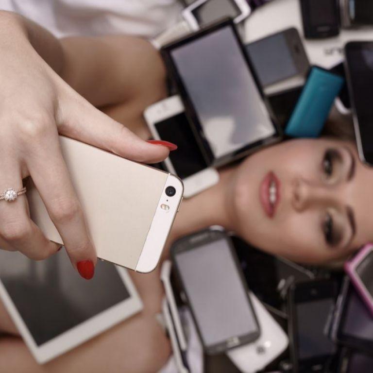Сменяш често смартфона? Помисли за природата