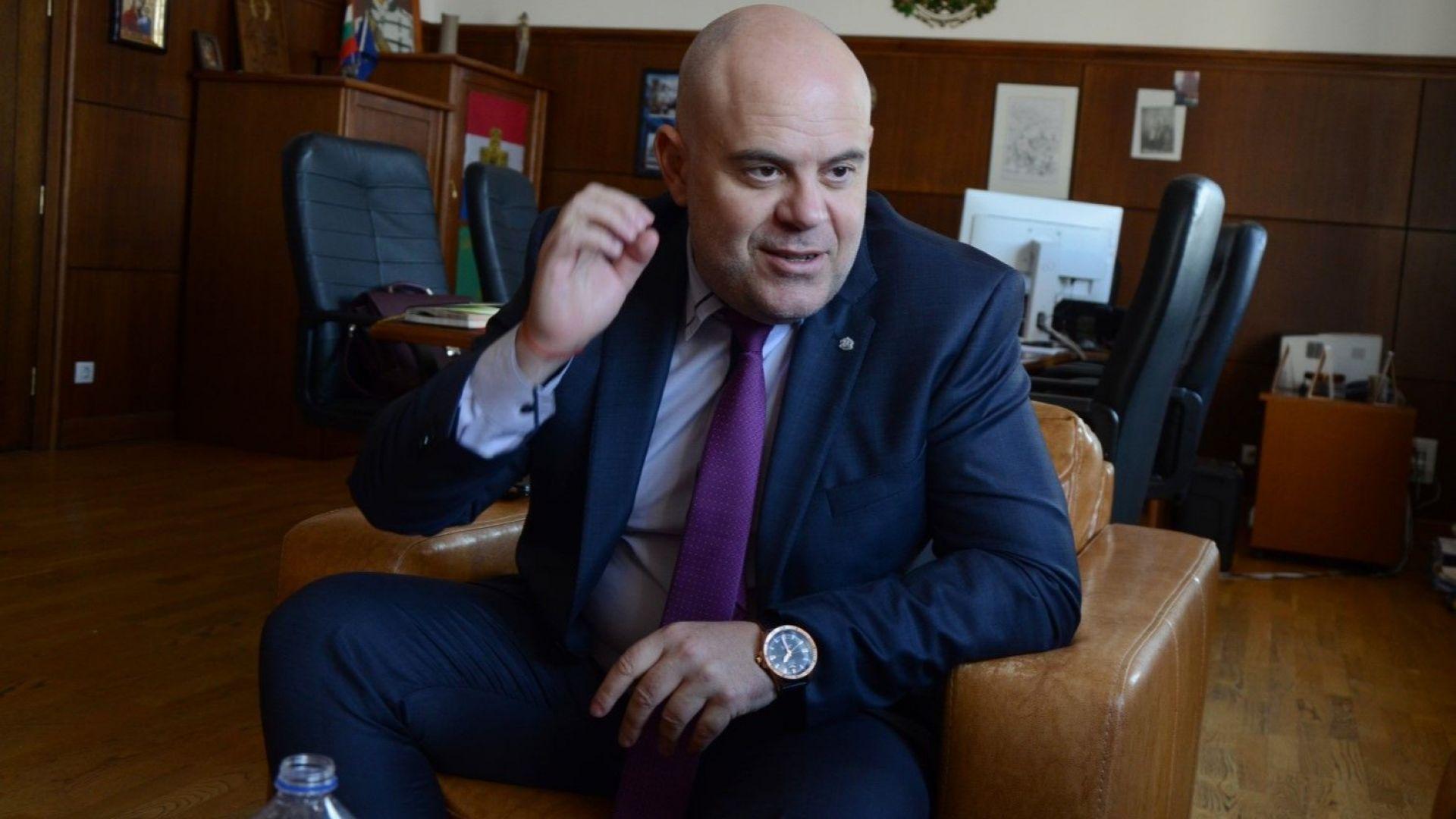 Иван Гешев е първото предложение за нов главен прокурор. Зад