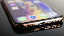 Грешка на Apple превърна последния iOS в лесна мишена за хакерите