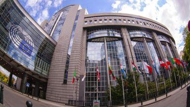 ЕК прилага 14 мерки при Брекзит без споразумение