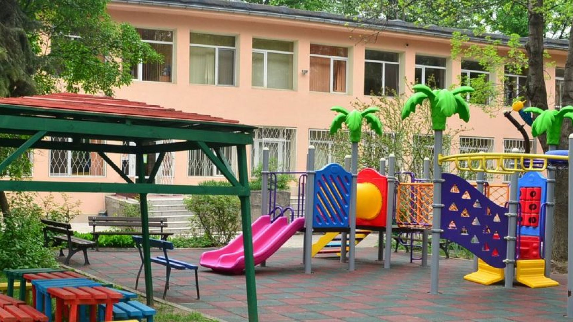 176 детски градини в София отварят врати с 26% посещаемост