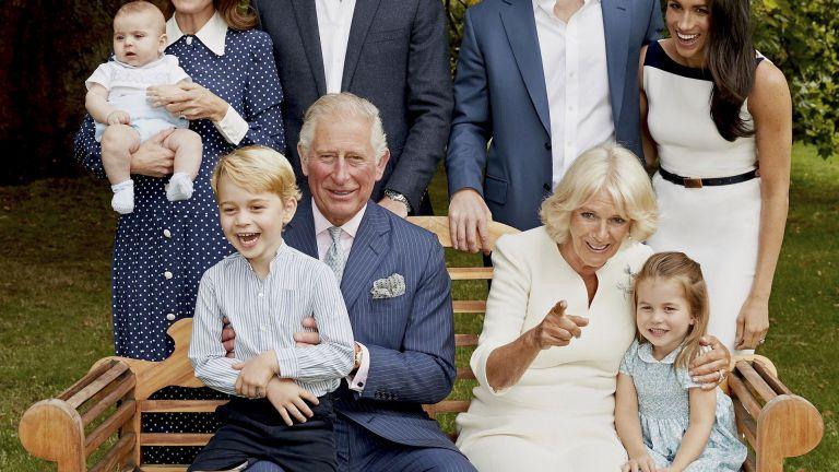 Чарлз пусна снимки с внуците за рождения си ден