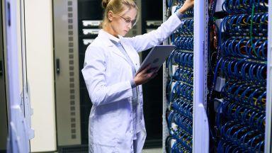 Банковите и застрахователните услуги изцяло онлайн до няколко години