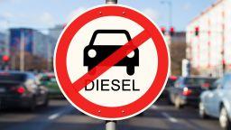 Германски съд спря забрана за движение на стари дизели във Франкфурт