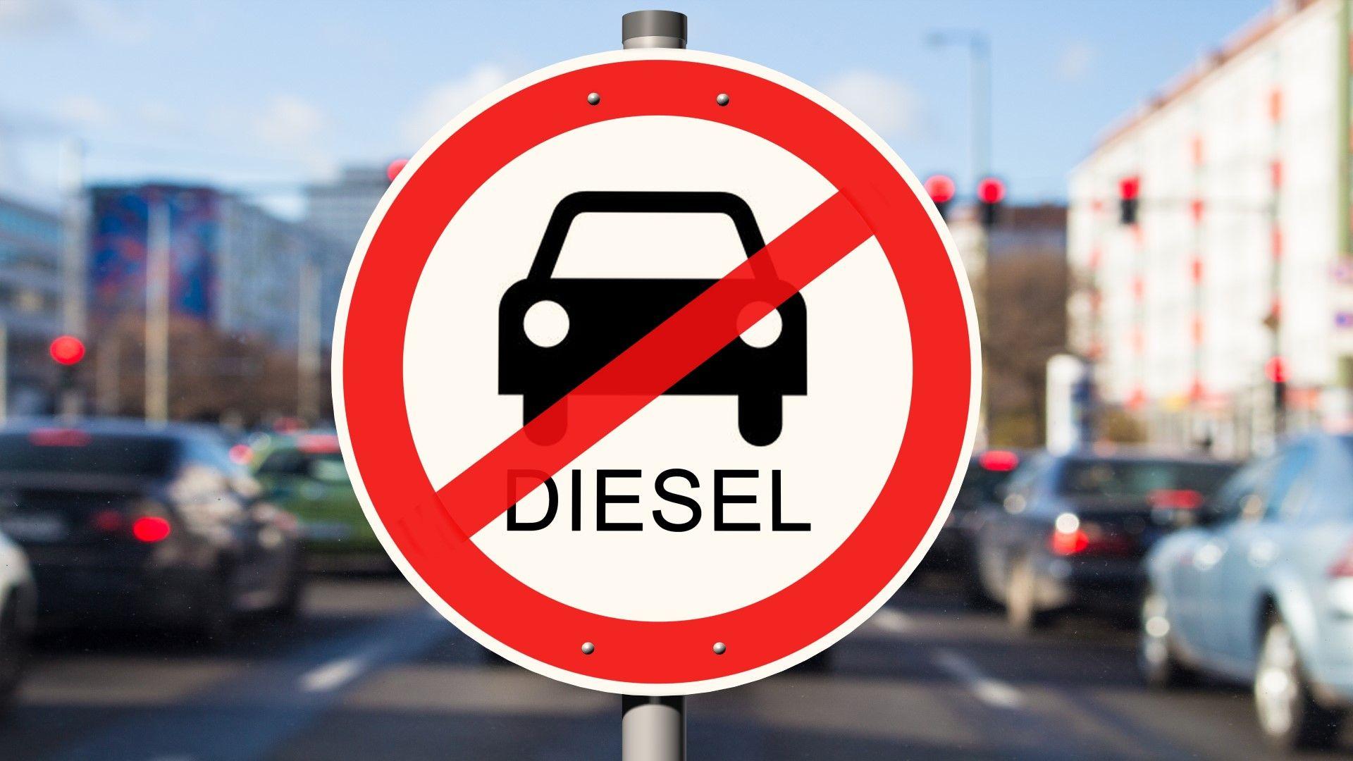 Да се вдигне ли данъкът за старите коли?