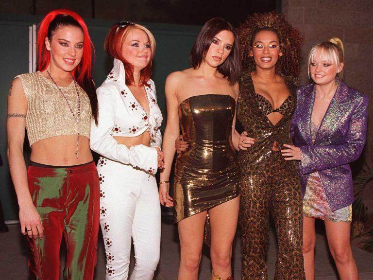 Spice Girls тръгнаха на турне без Виктория Бекъм