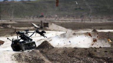 Великобритания стартира първото военно учение за бойни роботи