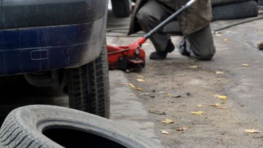 КНСБ тръгва срещу сивата икономика в автокъщите и автосервизите