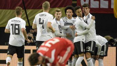 Германия пак би Русия на футбол, този път с лекота