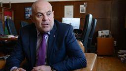 И Етичната комисия прие, че Иван Гешев отговаря на изискванията за главен прокурор