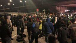 Шофьор е стрелял с пистолет по протестиращите в Перник