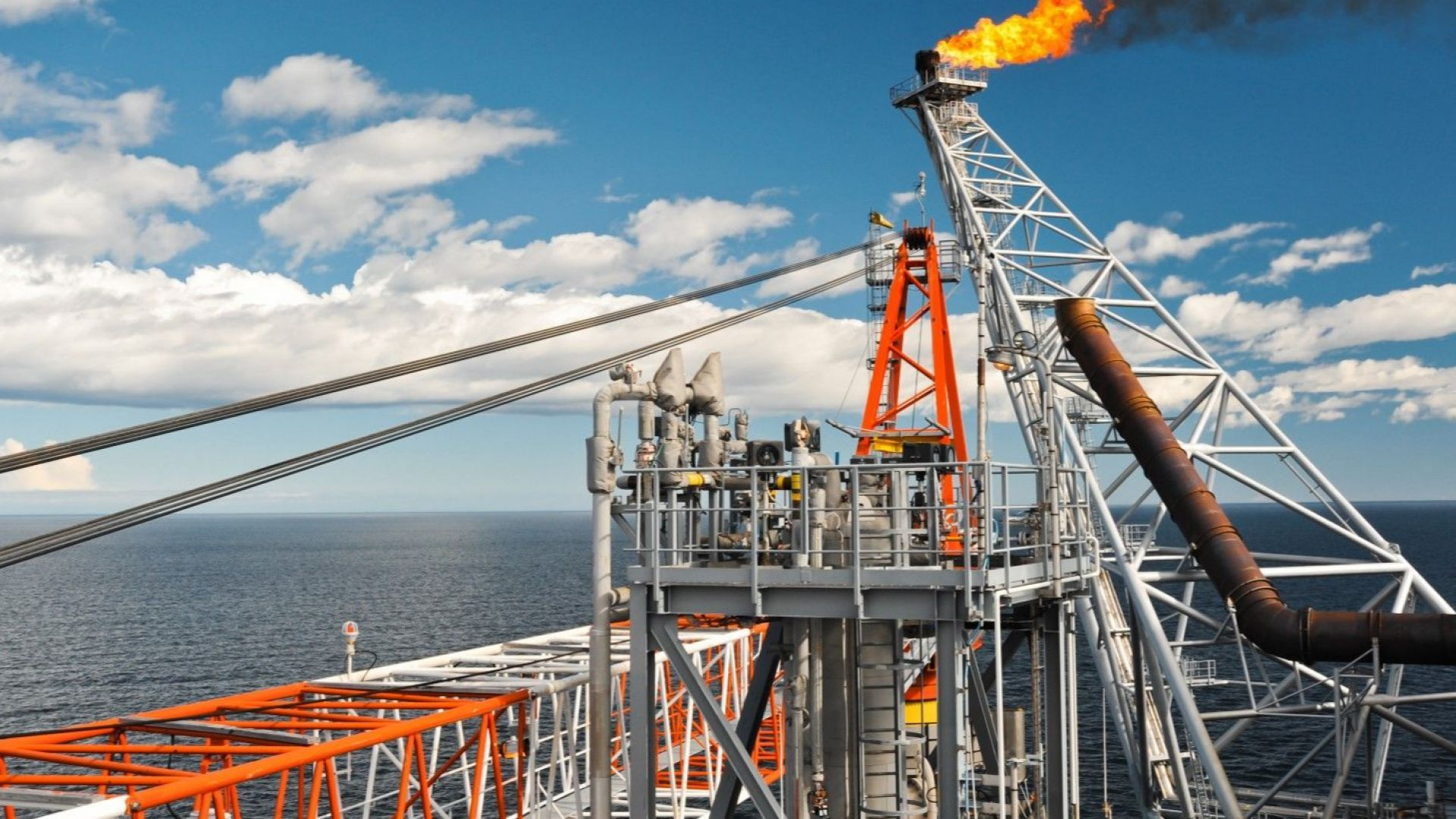 Американската  Exxon Mobil започна сондажи  край Кипър