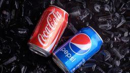 Когато Coca-Cola пусна напитка, само за да съсипе Pepsi