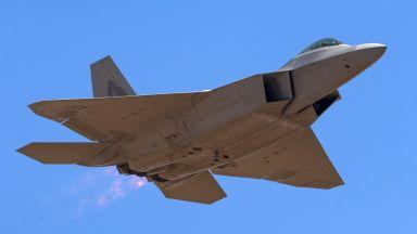 F-22 ще лети до 2060 г.