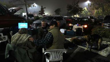 Над 1000 изчезнали и 71 загинали при пожара в Калифорния