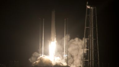 Два товарни космически кораба се отправиха към МКС (снимки)