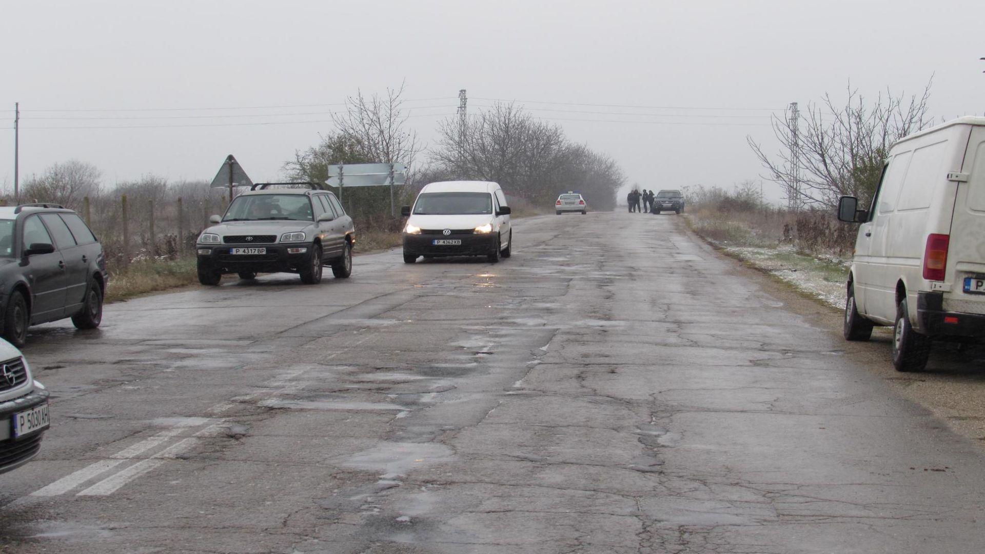 Обмисля се освобождаването на определени пътни участъци в Русенско от