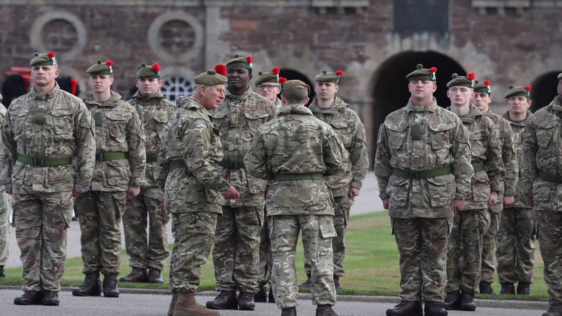 Военните във Великобритания разработват план за прилагане на екстрени мерки