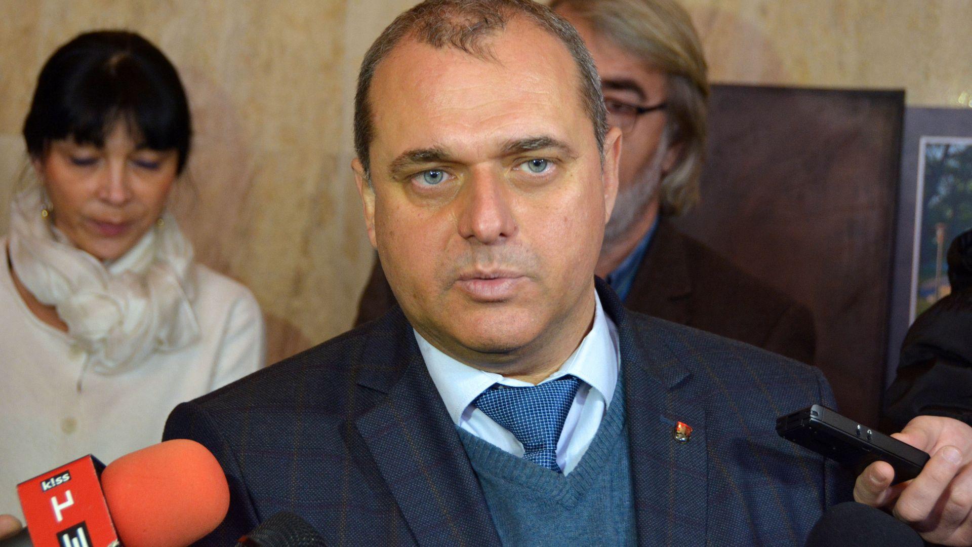 Искрен Веселинов: ВМРО няма да подкрепи ГЕРБ за запазване състава на ЦИК