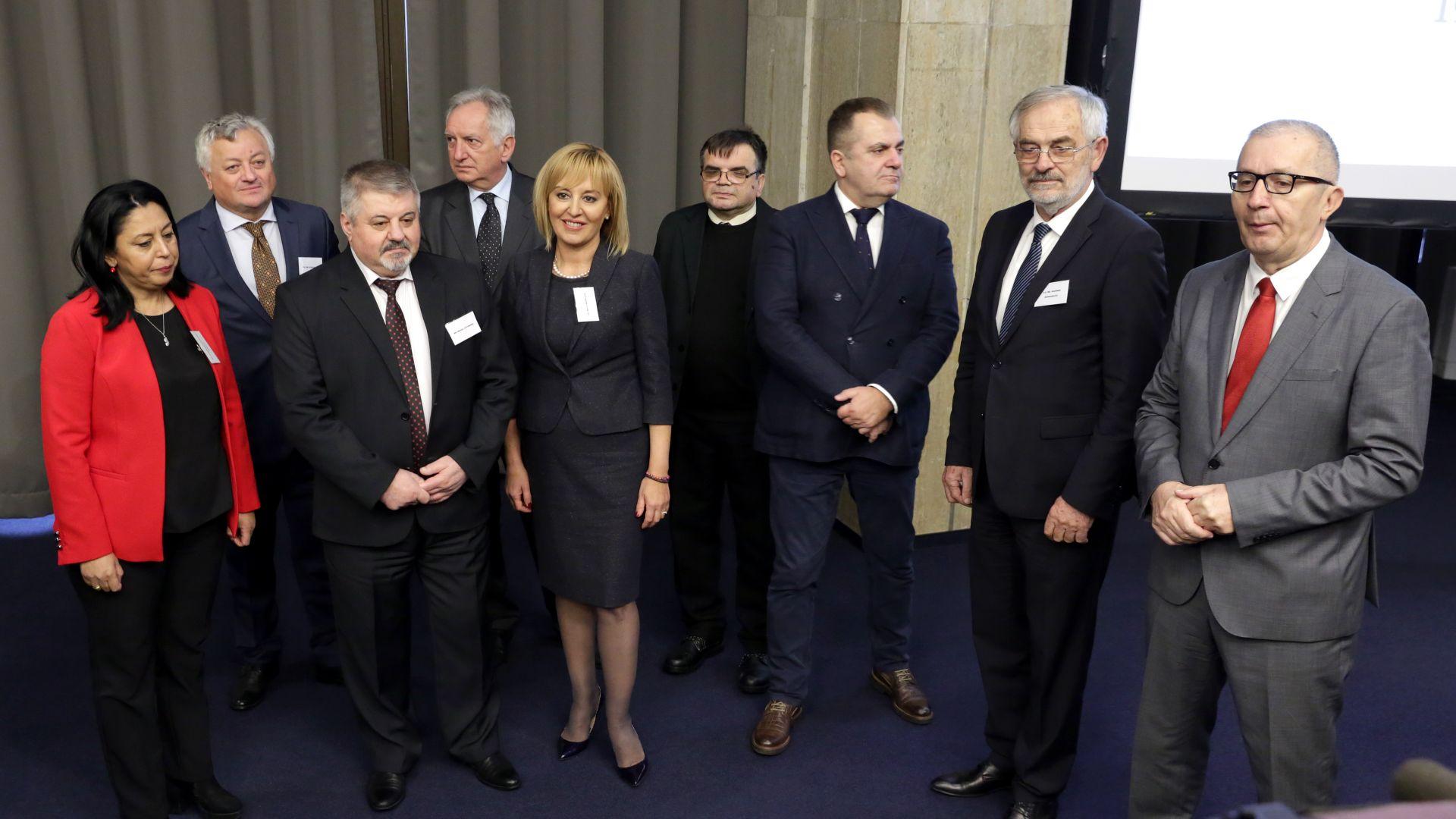 Мая Манолова бе избрана за шеф на балканските омбудсмани
