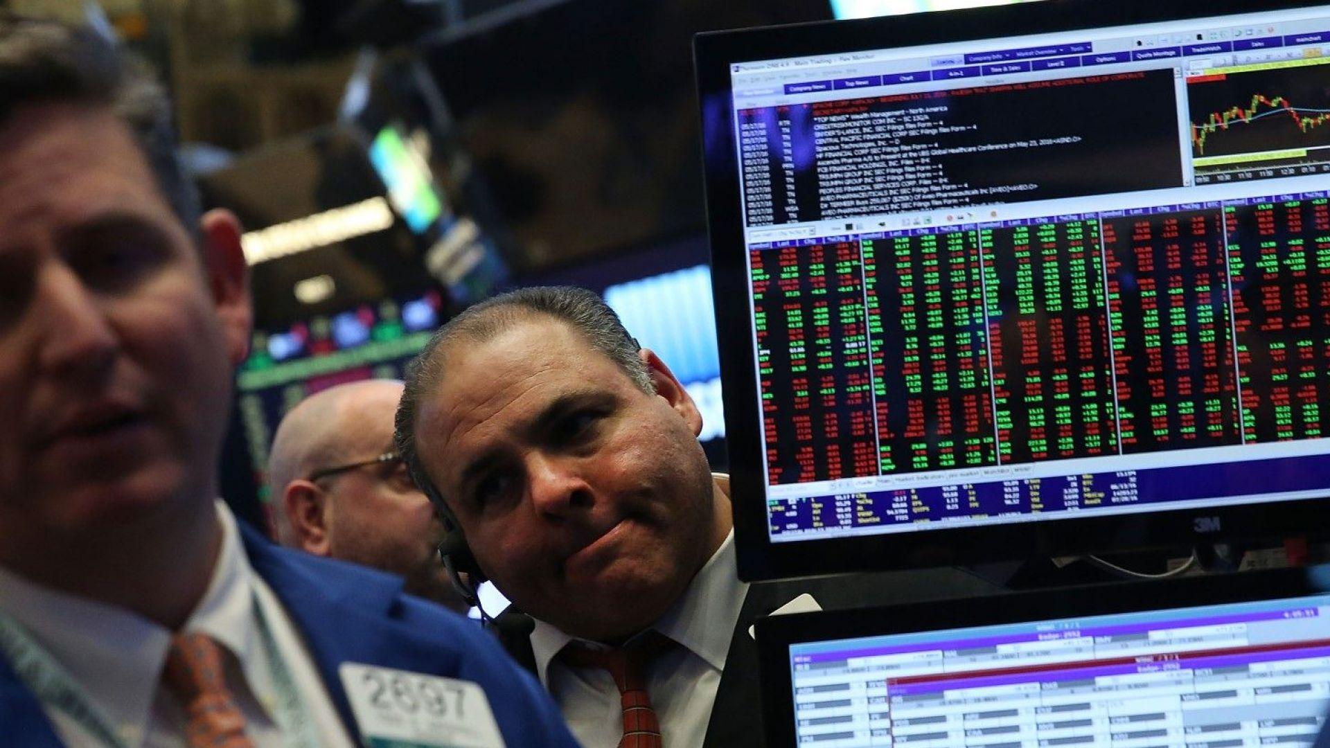 Банкери: Идва негативен икономически цикъл