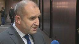 Радев: Няма да обсъждам с Борисов програмата му, интересува ме корупцията