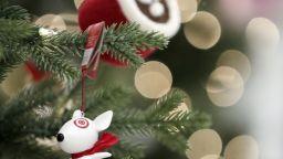 Пловдив се готви за Коледа, пак ще има ледена пързалка