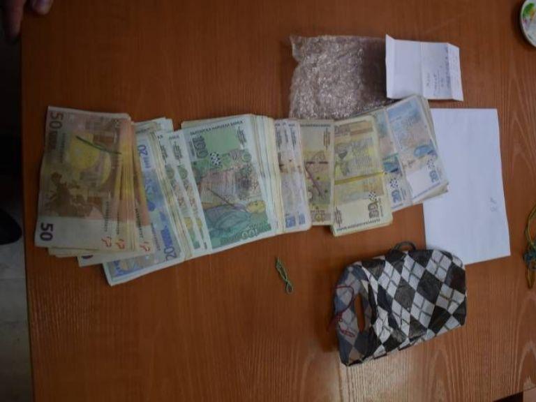 Шефът на спецпрокуратурата: Парите, открити в сейфа на Томов, са свързани с работата му