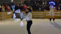 Светлинно и танцово шоу откри ледената пързалка в Русе
