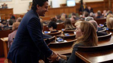 Скандал в НС да има ли дебат, или не за оставката на Симеонов