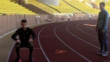 Гришо тренира под съпровода на българска музика