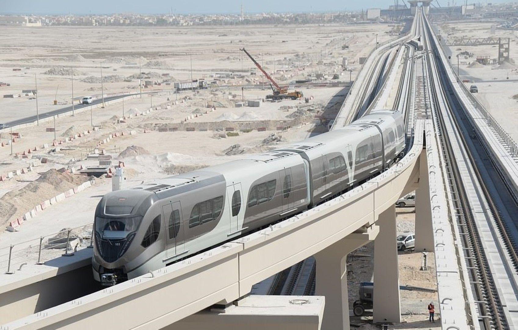 Влакът, който ще транспортира феновете