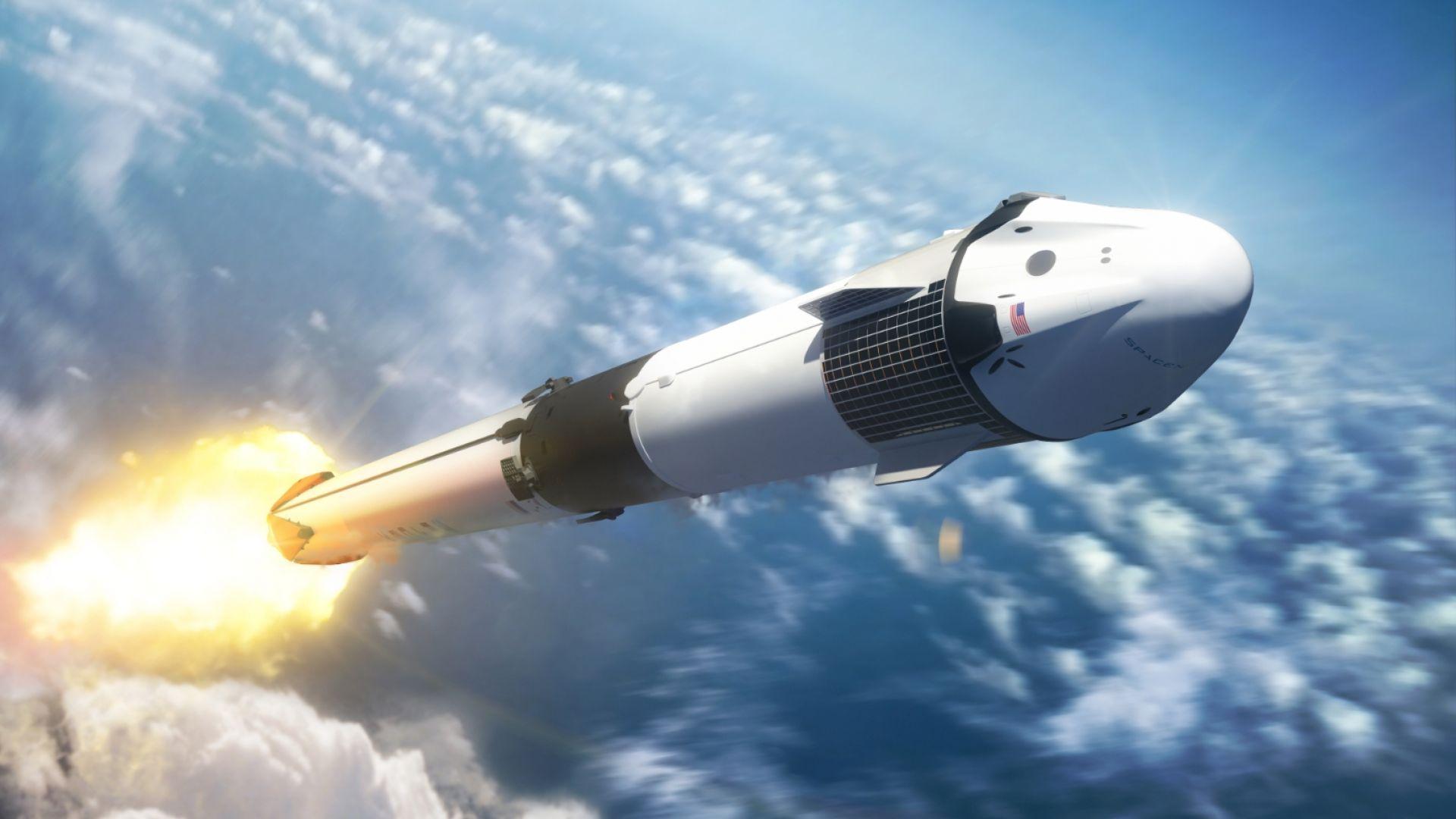 SpaceX обяви кога ще изстреля космическия си кораб