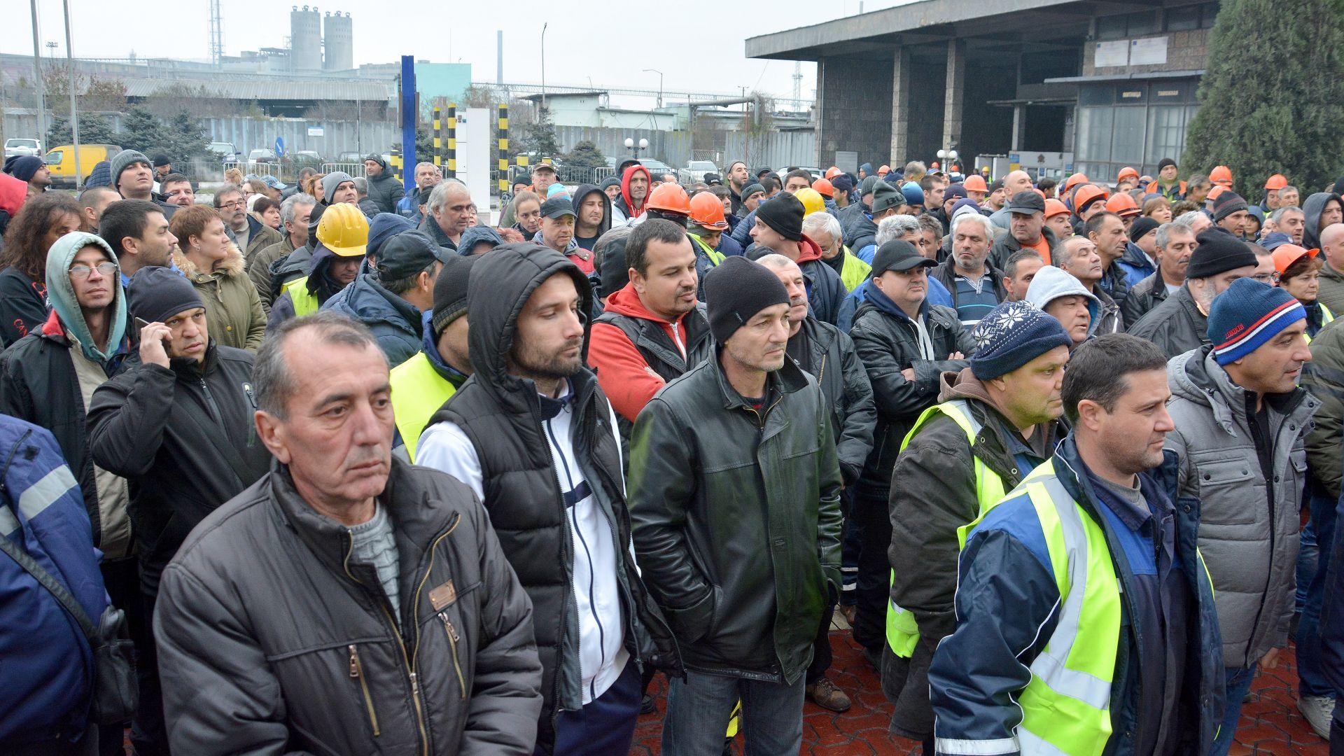 Пристанищни работници във Варна се разбунтуваха срещу условията на труд