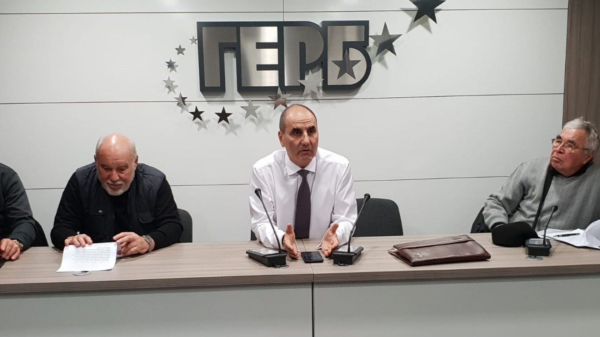 Цветанов: БСП с лидер Корнелия Нинова е слаб опонент