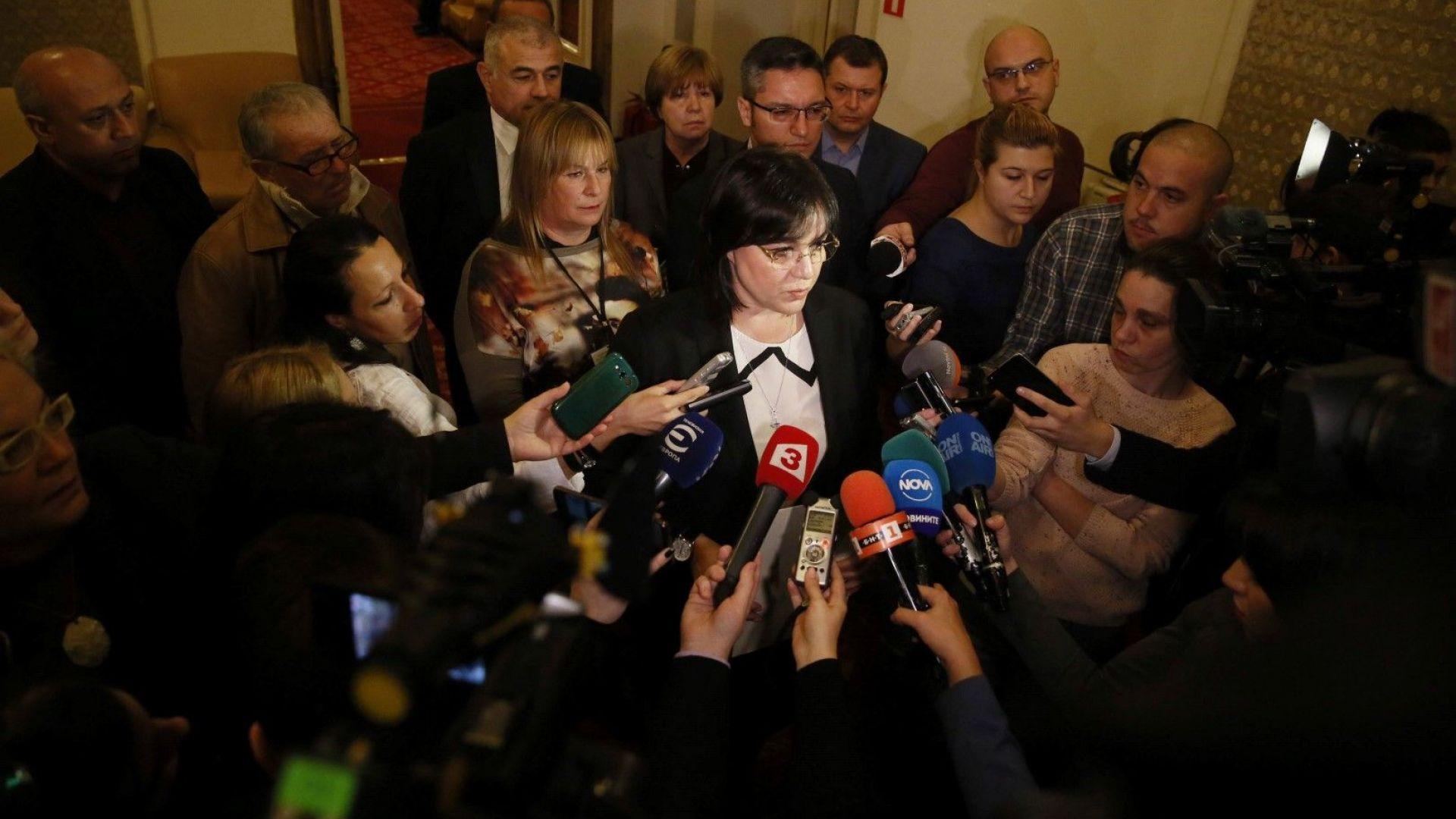 Нинова с отворено писмо до европейските посланици за полицейщина