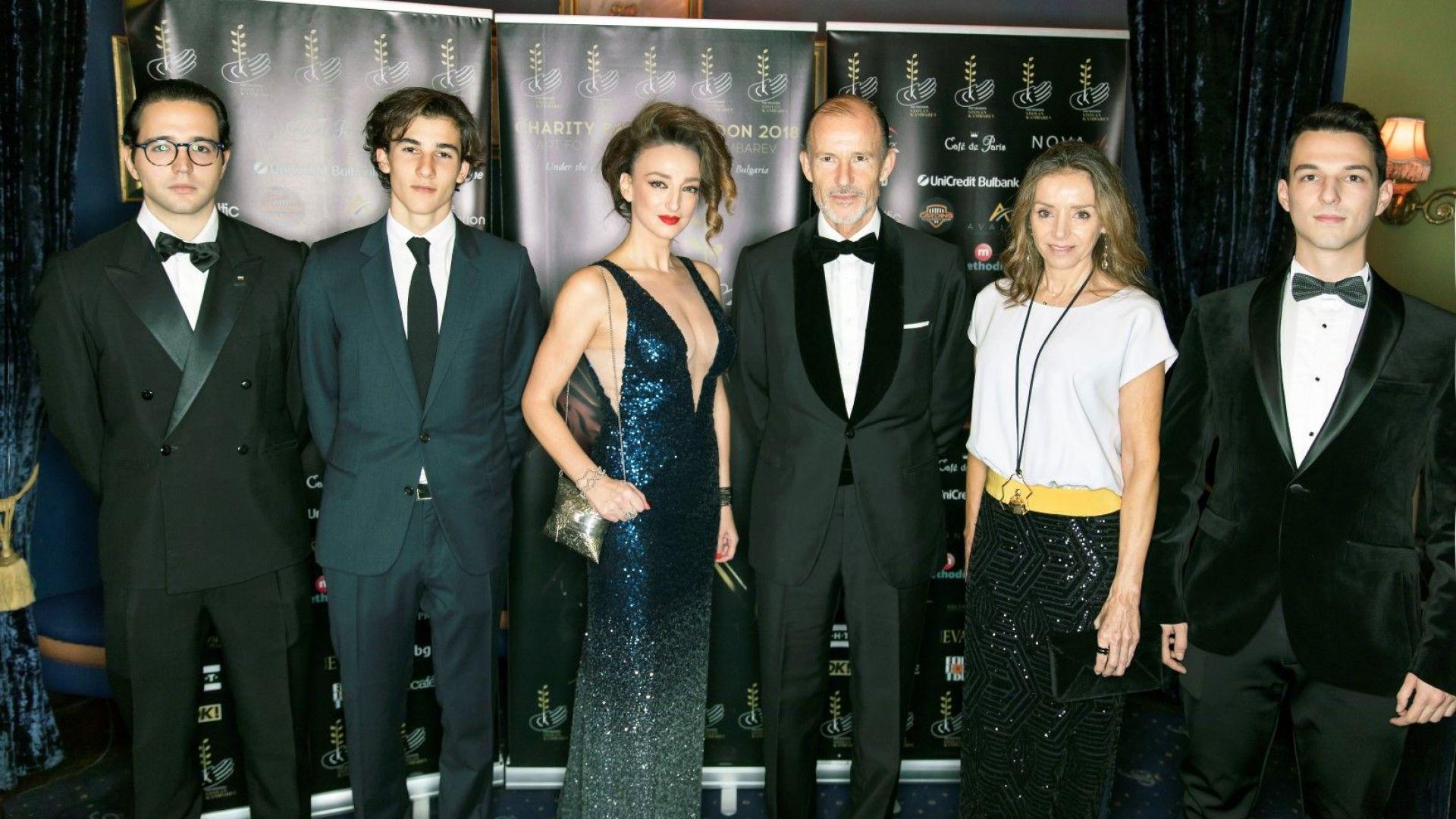 """Трима принцове уважиха Благотворителния бал на Фондация """"Стоян Камбарев"""" в Лондон"""