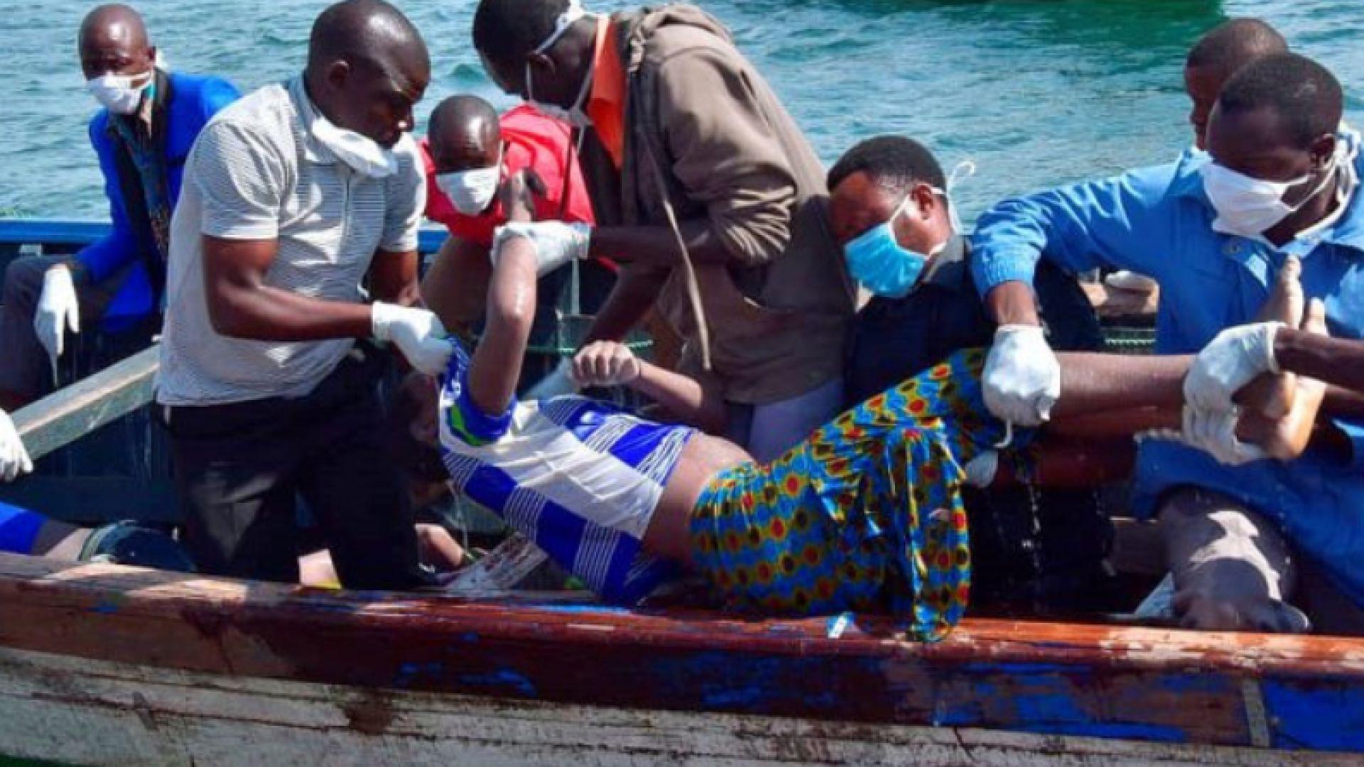 Десетки загинали при корабокрушение в езерото Виктория