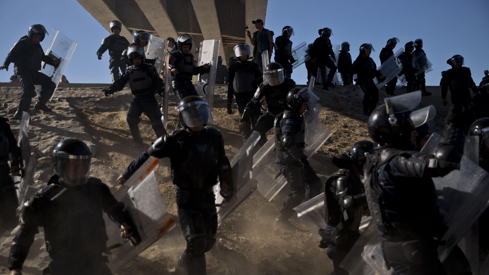 Сблъсъци на границата между САЩ и Мексико