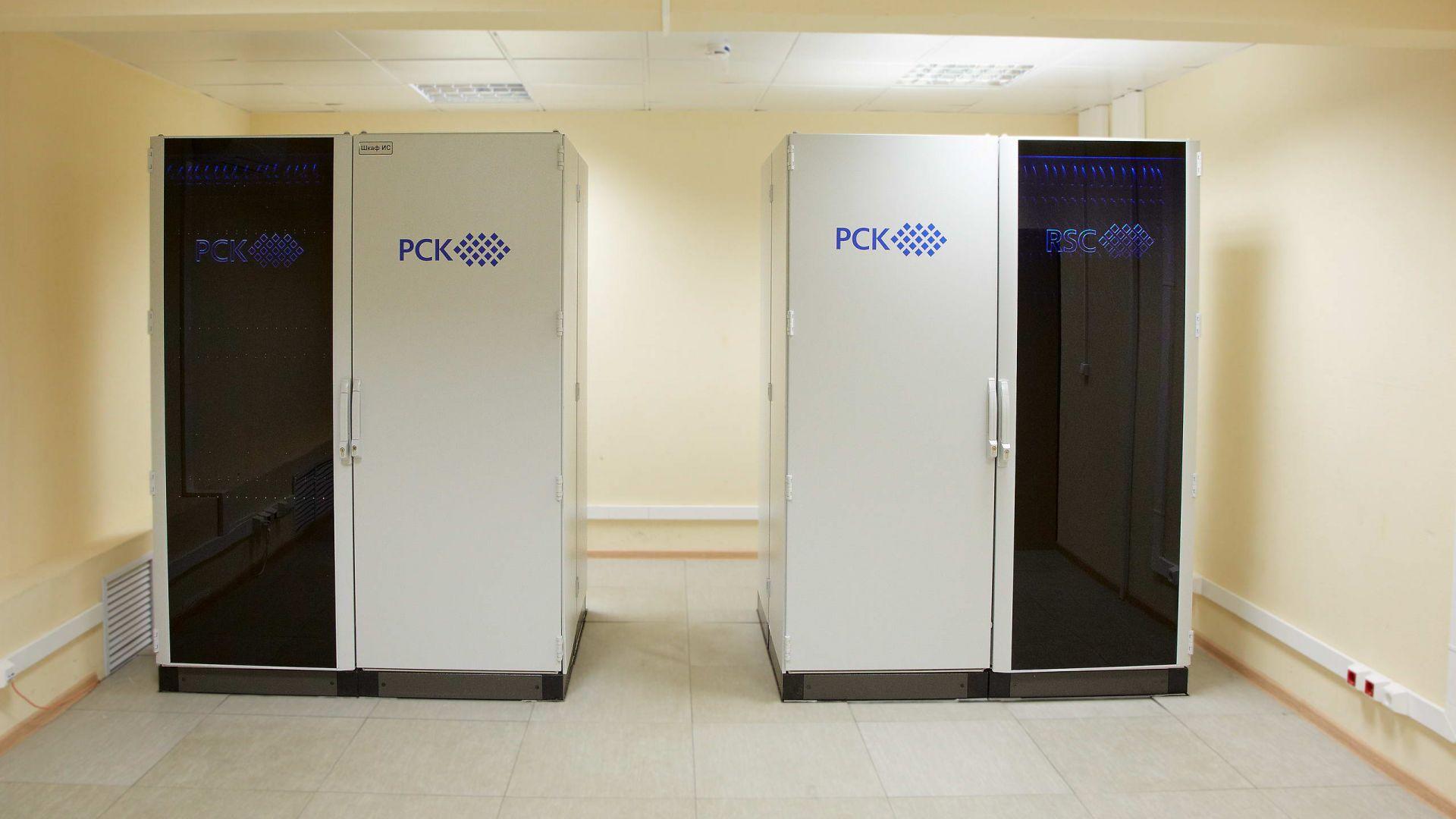 Русия прави компактен суперкомпютър