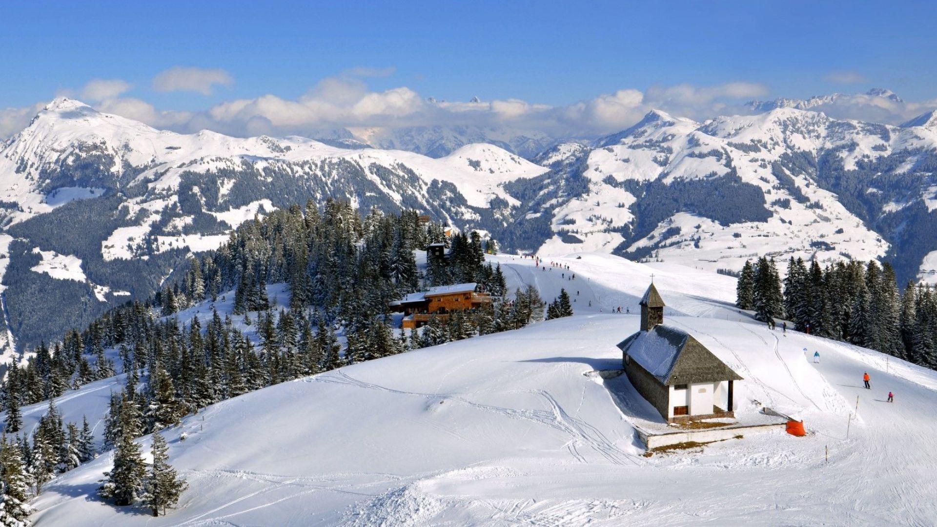 Ски през есента - причина за разгорещени дебати в Австрия