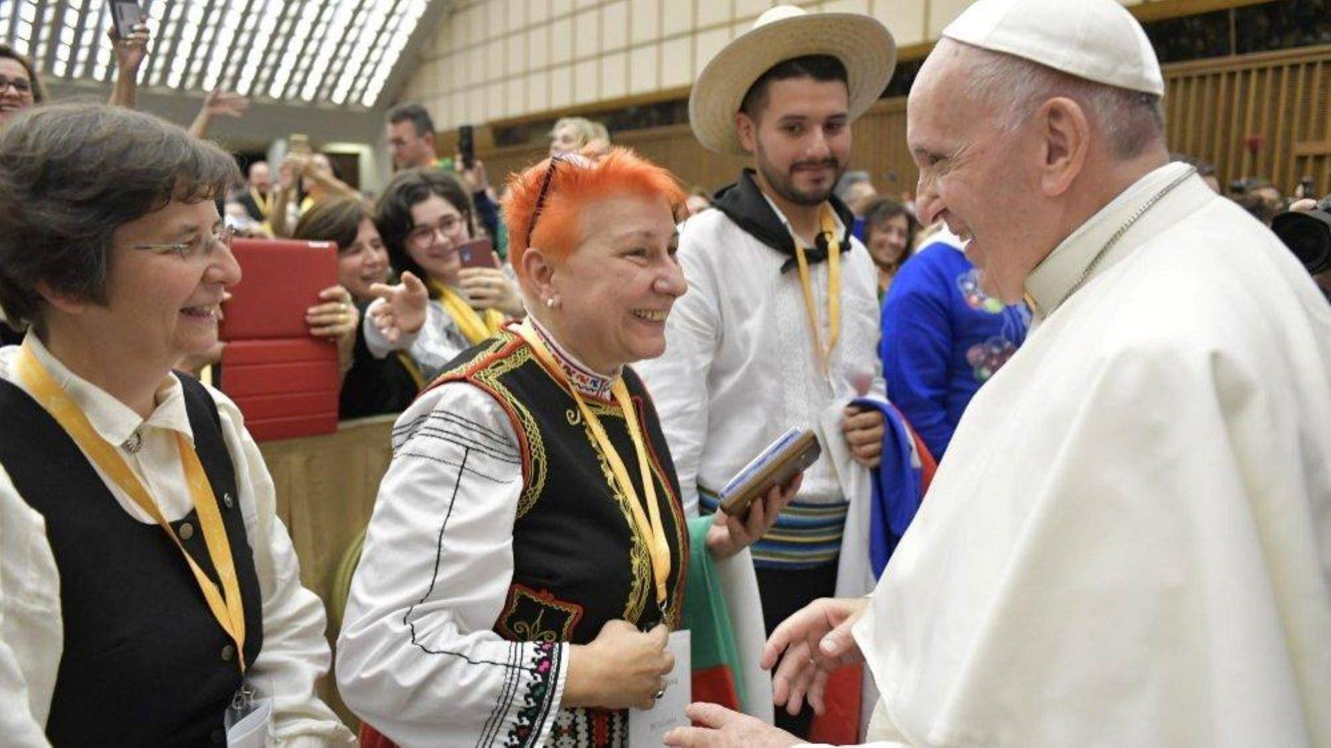 Българки впечатлиха папа Франциск