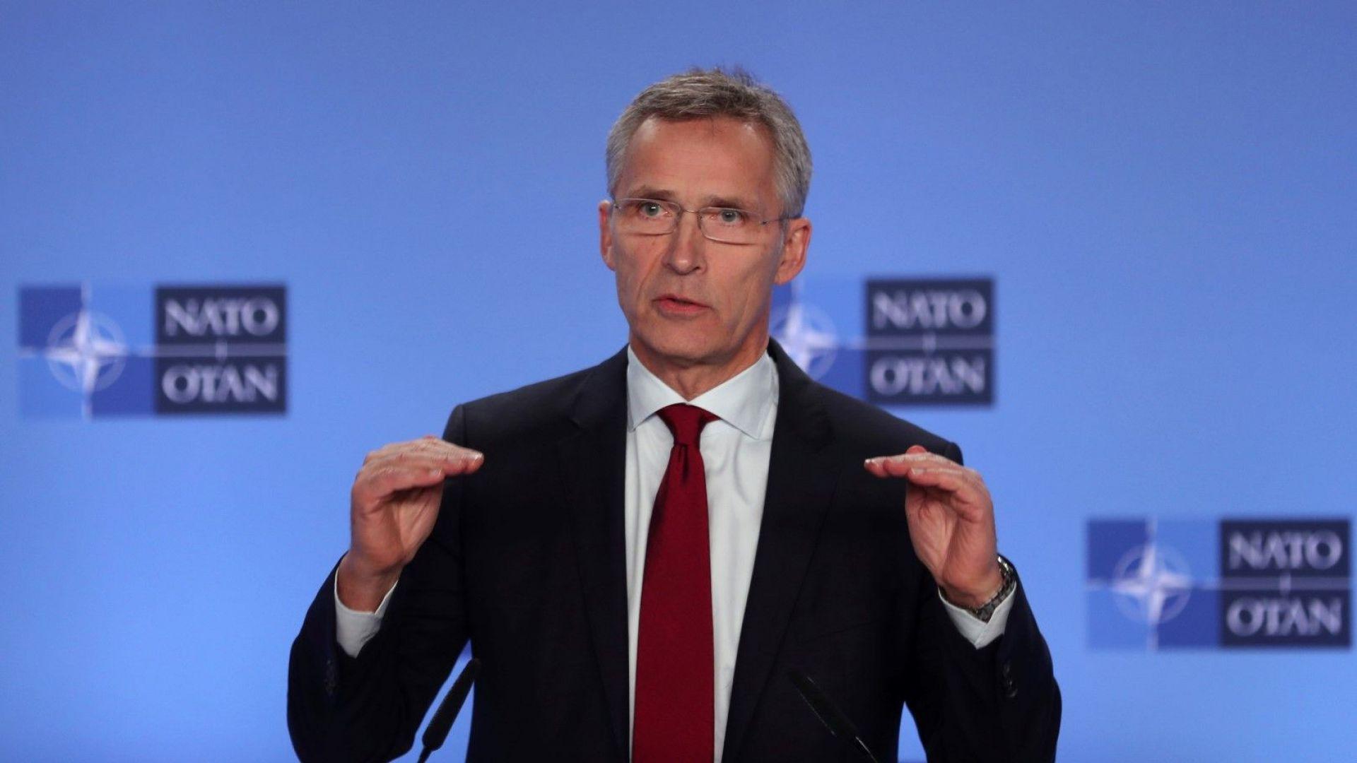 НАТО призова Русия да освободи заловените украински моряци
