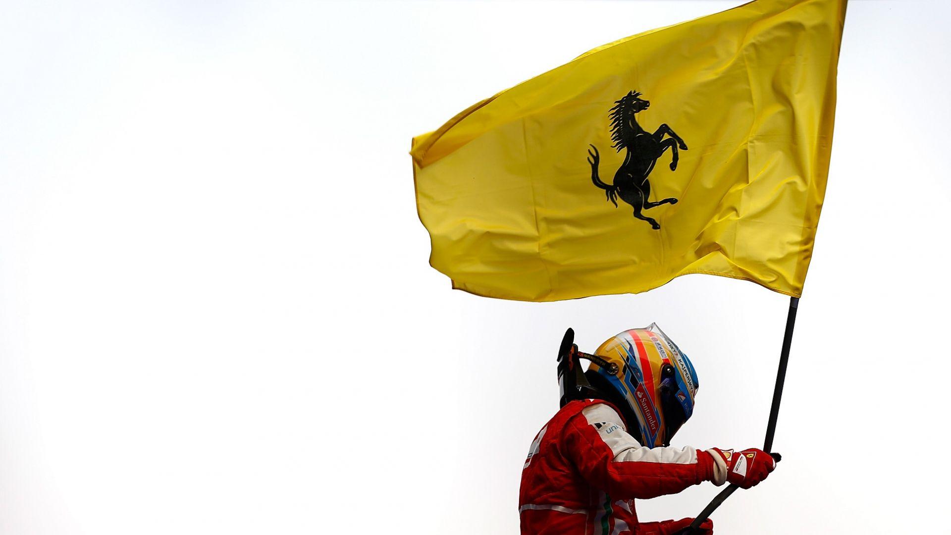 """Фернандо Алонсо: С Фетел попаднахме във """"Ферари"""" в неподходящото време"""
