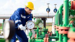 """Шефът на енергийната комисия: България няма как да бави строежа на """"Турски поток"""""""