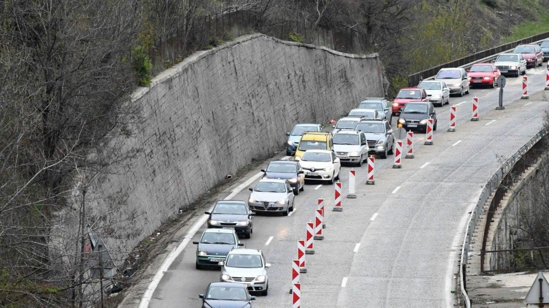 Експерти: Готви се скрито увеличение на винетните такси