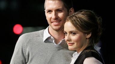 Алиша Силвърстоун ще плаща издръжка на бившия си съпруг